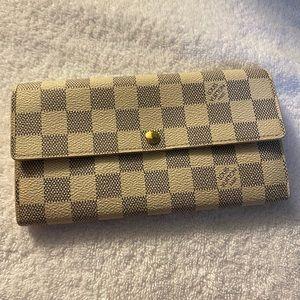 Authentic Louis Vuitton Azur Wallet